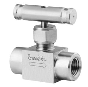 Swagelok SS-1RF4-SH Integral Bonnet Needle Valve Material : 316 Stainless Operator : 316 SS Bar Handle Maximum Pressure : 5,000 psi Inlet//Outlet : 1//4 in Female : NPT